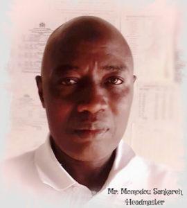 Schulleiter Mr. Momodou Sankareh